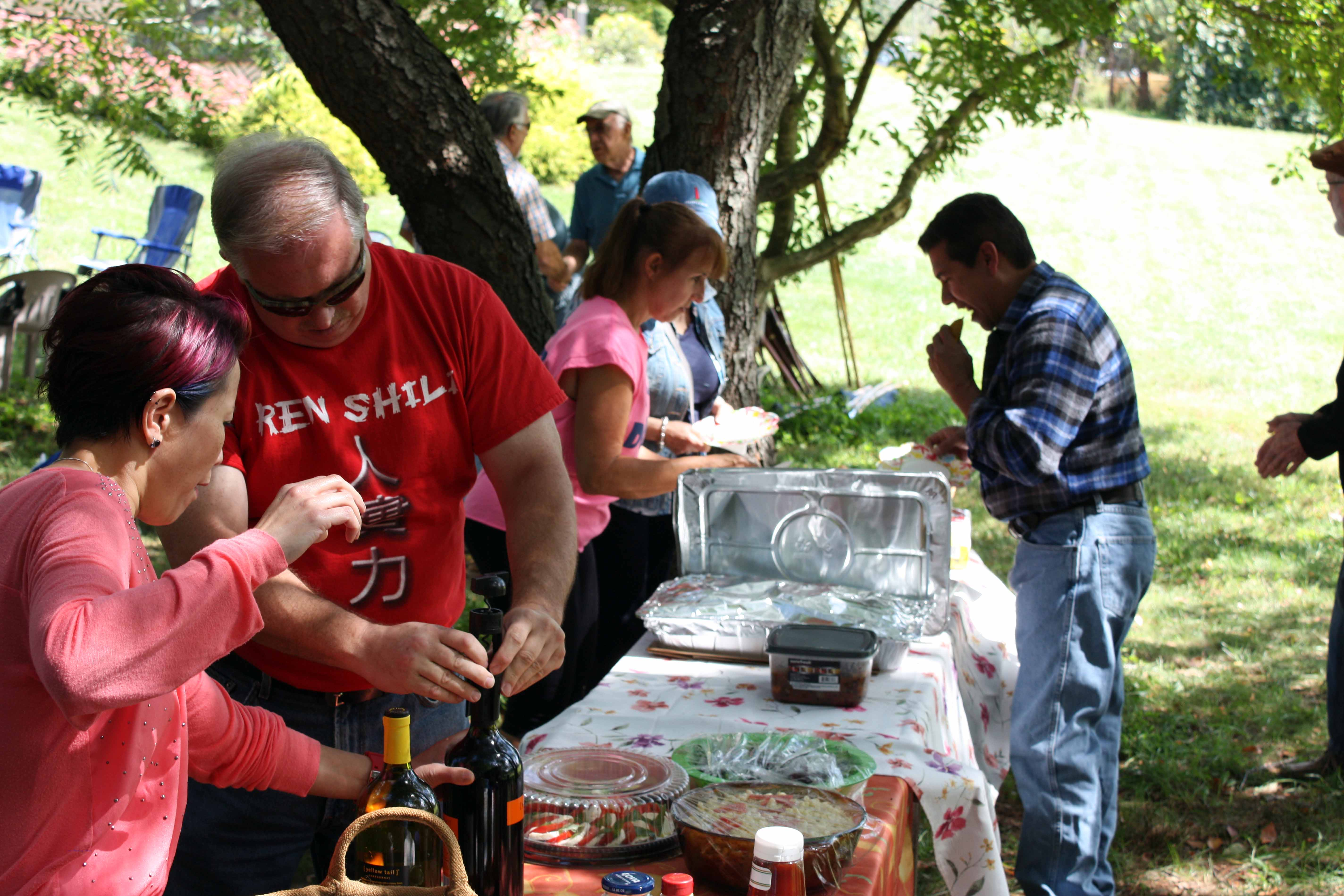 u.9414.2014 blueberry picnic007.jpg